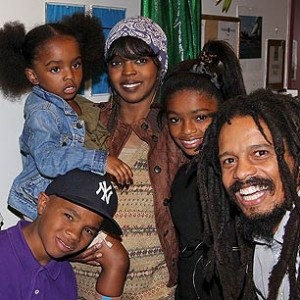 lauryn with kids